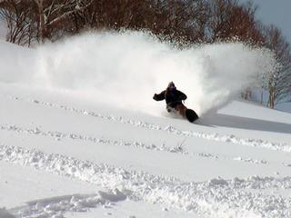 【すべっ得】コテージ宿泊+ニセコひらふスキー1日券 スキーパック