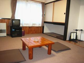 ゆったりのんびり和室2〜3人部屋