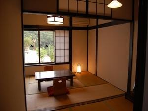 古き良き昭和の趣落ち着いた雰囲気☆宮の間2階<次の間付6畳>