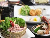 【夏のお得な会席】「新潟県岩船産四つ葉ポークのさっぱりしゃぶしゃぶ」と「海鮮陶板焼き」