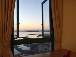 【海側客室指定プラン】大村湾に沈む夕日と長崎空港を望む客室で過ごすひととき