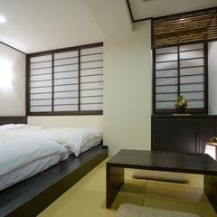 和洋室【シモンズベッド2台+3畳】■WIFI無料■