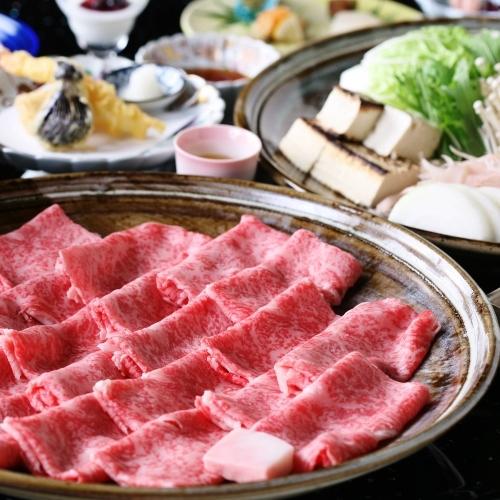 みんなでお鍋!ブランド牛「神戸ビーフ」を贅沢に味わう〜神戸牛すきやき鍋プラン