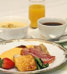 【春得】◆食べ放題!バイキング朝食付◆ 全室無料Wi-Fi完備!!!