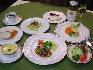 【グラスワイン1杯サービス】1泊2食コースディナープラン
