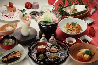 基本プラン(季節のお料理)ひなの膳〜旬の魚介と名物ひなちらし