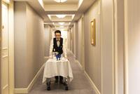 Marriottでおこもり女子会<最大24時間滞在/お部屋でアフタヌーンティーブランチ/夕食付>