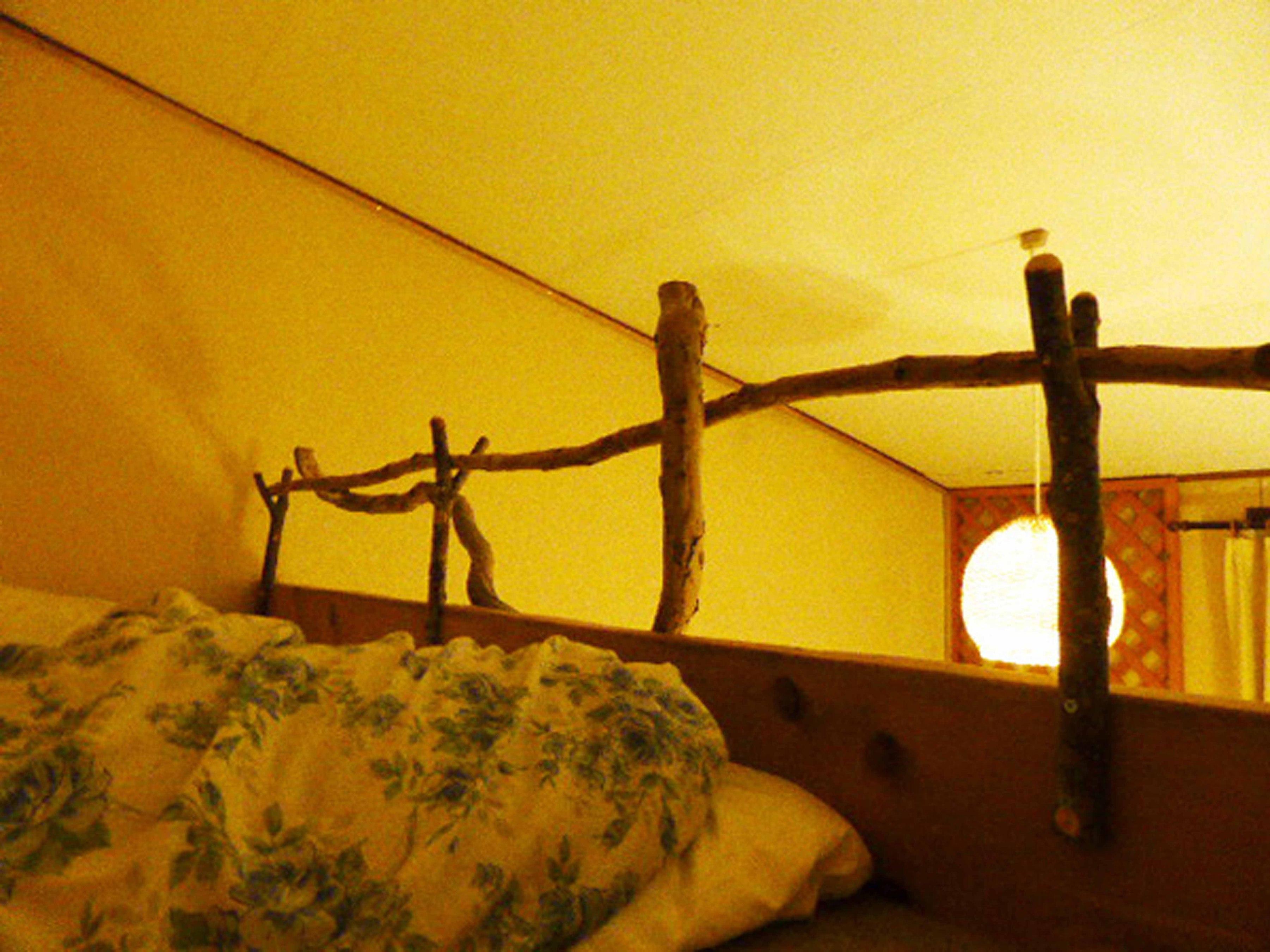 吊りベッドから眺める