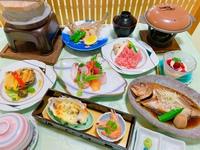 【豪華 極旨よくばり基本プラン】常陸牛陶板焼き・あわびソテー・近海唐揚げ・煮魚・・・。