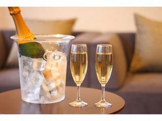 【季節の大漁会席】〜平日限定!スイーツorスパークリングワイン付〜夕映えのうみフロア『椰』