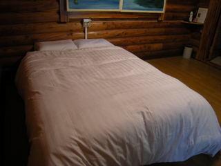 食事無し 【禁煙】 2名様に1ベッド(幅140cm)
