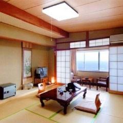 【海側】 和室