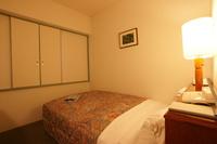【素泊まりプラン】シモンズベッドでゆったり!新飯塚駅から徒歩5分♪駅チカホテル