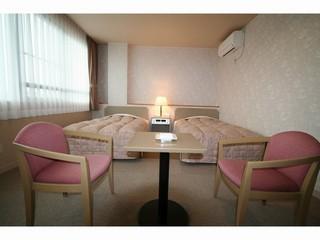 ◆ <喫煙可>バス・トイレ別々完備(2名1室)ツインルーム ◆