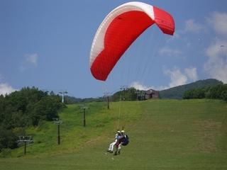 栂池高原の大空を飛ぶ パラグライダー体験プラン