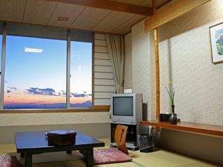 全室関東平野側 眺望随一 和室10畳タイプ
