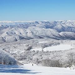 【1泊2食付】白樺高原国際スキー場徒歩すぐ!お得な割引リフト券あり♪