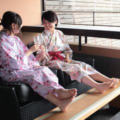 ■【平日限定】【女子旅プラン】リーズナブルに♪お喋り三昧お部屋食&フリードリンク付