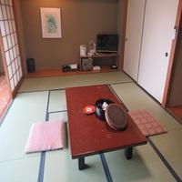 □本館和室【10畳】〜全客室Wi-Fi完備〜
