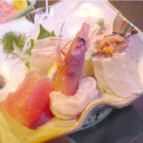 【夕食付き】夕食は温泉宿で北薩の旬の恵みを堪能&翌朝はのんびり朝寝坊♪