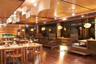 レストラン「くりん草」