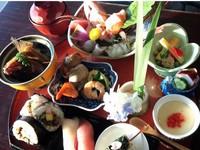 【平日限定】60歳以上のお客様限定!旬の和膳と天然温泉を満喫するプラン 〜1泊2食付プラン〜