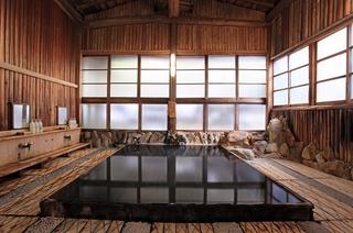【二食付】温泉しゃぶしゃぶなど、豊富な温泉湯を使ったお食事が人気♪