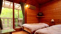 ◆ツイン◆ 木の香りあふれる可愛らしい洋室