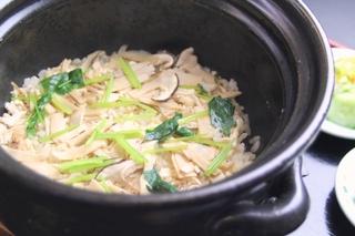 【京都】【秋得】豊富なお刺身が美味!!舟盛と松茸、選べるお肉料理プラン