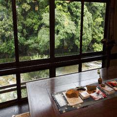 ≪事前カード決済限定≫年末年始はスタンダード和室で昭和の雰囲気と会席料理を心ゆくまで堪能!