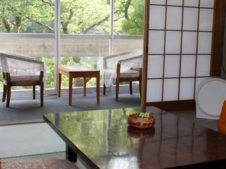 和室(三朝川眺望客室8畳)ご夕食お部屋食
