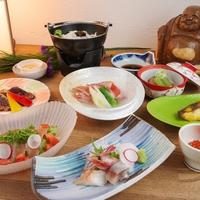 【竹2食付き】夕食は姉妹館のしれとこ村で<きんき・エゾ鹿肉・タコ鍋>など豊富な地産の恵みを食べつくし