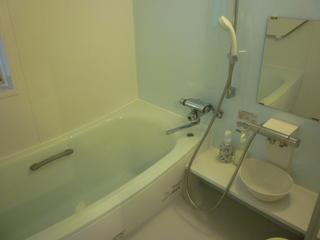 *1〜2名の個室寝室* 便利なリビングルーム 駐車無料のプラン 1名¥3100〜
