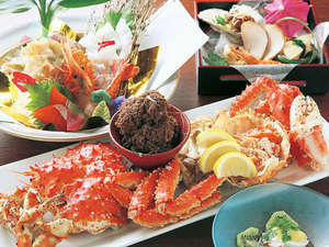 【北海道の味覚〜活毛蟹〜】今が旬!日本海の「毛ガニ」★ど〜んと一パイ満腹会席プラン♪