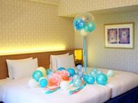【祝卒業!】ペーパーフラワーバルーンベッドメイクとフレンチトーストアラモードでホテル満喫♪