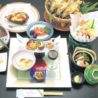 【グレードアップ2食付・梅コース】本物志向の人に…食材にこだわった夕食を楽しむ