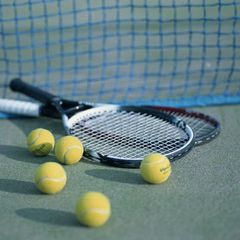 【スポーツ旅】テニス満喫★テニスコート1H&レンタル無料/和洋バイキング