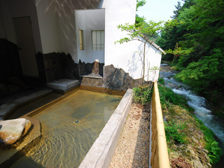 【返金不可】事前カード決済限定★10%OFF★近場の天然温泉で湯ったり♪夕食はお部屋食でのんびり♪
