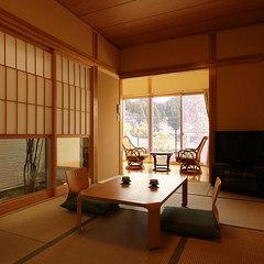Bタイプ【露天風呂と檜の内湯が付いた二階家造りの離れ客室】