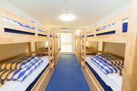 エコノミー8名個室 2段ベッド4台