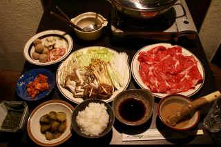 ★冬季・1名様・折衷料理13品。牛ステーキ+馬刺+信州牛たたき!