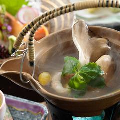 ◆【さき楽28】牛すき焼きを堪能!四季彩膳〜彩り豊かな会席膳でワンランク上の休日を【夕朝食付】