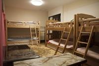 【101号室】6人部屋★グループでわいわい泊まれます★