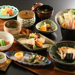 【WEB限定・レイト食プラン】≪夕食は遅めの20時から♪≫朝から晩まで伊豆観光したい貴方にオススメ♪