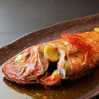 【家族同室】地魚海鮮てんこもり お刺身も金目鯛の姿煮もアワビの踊り焼きもサザエのつぼ焼きも食べたい。
