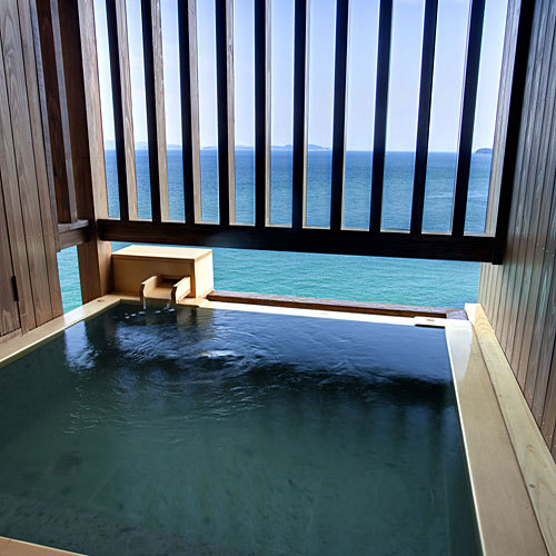 湯と海を独り占め!専有露天風呂付和洋室・波瑠香