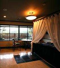 【1室限定】 バリ製天蓋つきベッドのアジアンルーム DX※ポイント2倍!