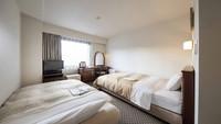【2名利用限定/素泊まり】120cm幅ベッド+ソファベッド★16.5平米の広々スタジオツイン♪