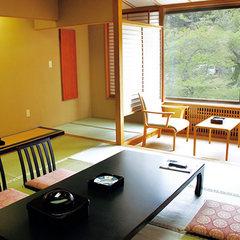 """【標準和室10畳】""""パワースポット客室""""/お食事はお部屋食"""