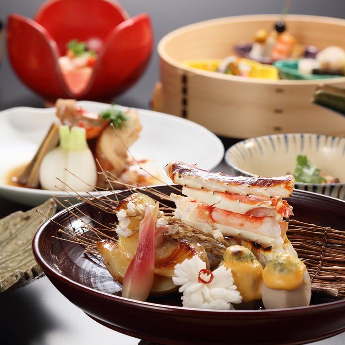 【至福の佳松園会席】本物であり新しい、一箸ごとに笑みがこぼれる日本料理のおもてなし 客室三間タイプ
